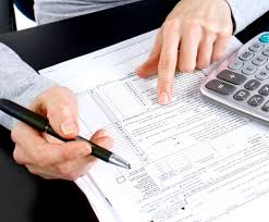 Andrews Datax located ind Pointe-Claire offers accounting services.